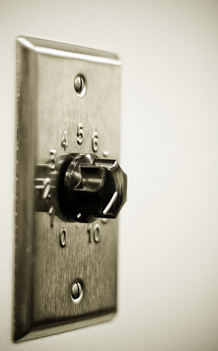 Crank That. by RonHowardPhotography